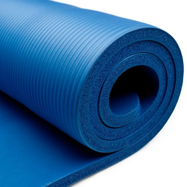 Highly Rated Thick Yoga Mats For Bad Knees Size Them Up